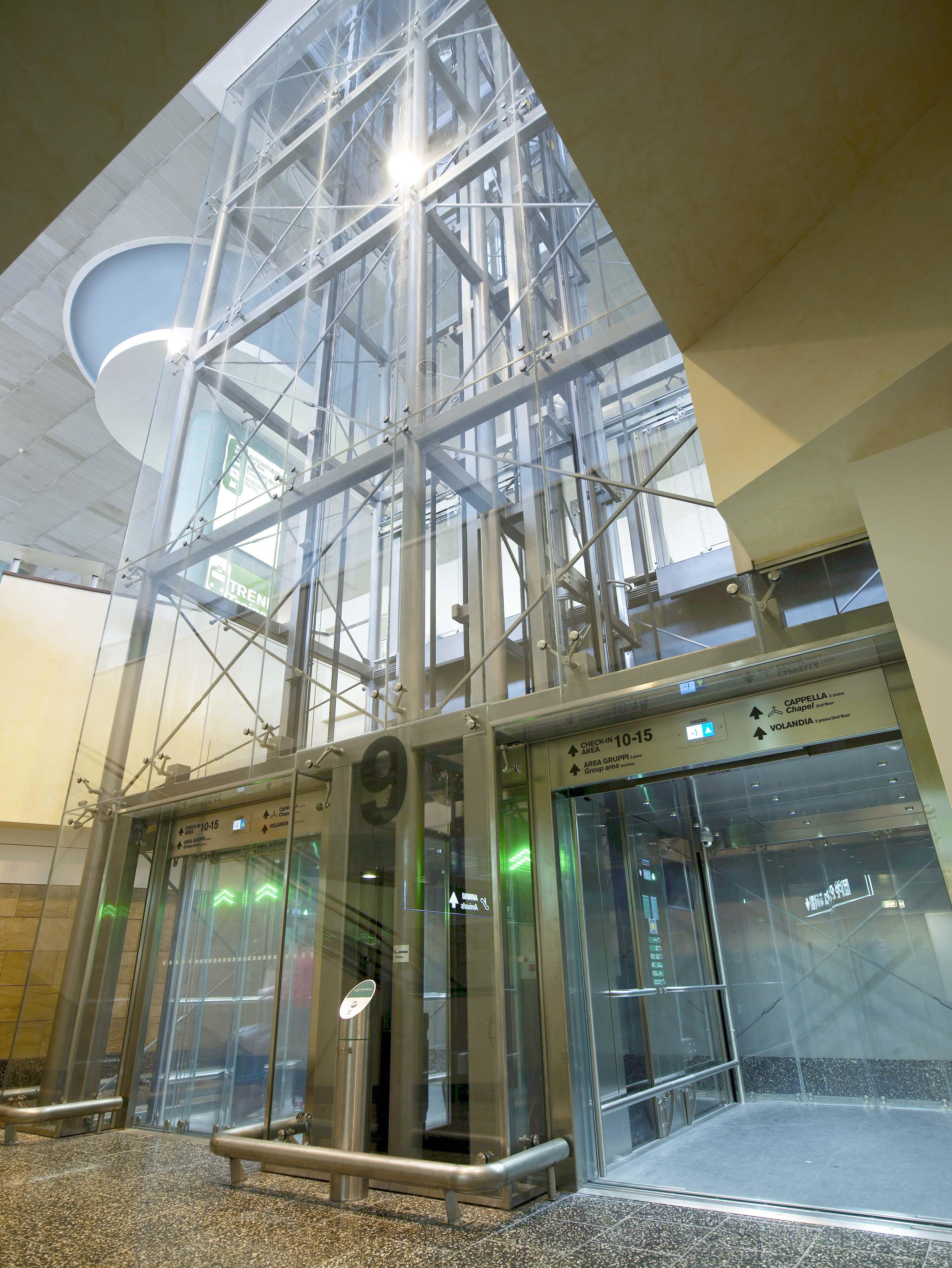 Costo Ascensore Interno 3 Piani ascensori, montacarichi e piattaforme elevatrici di alta qualità